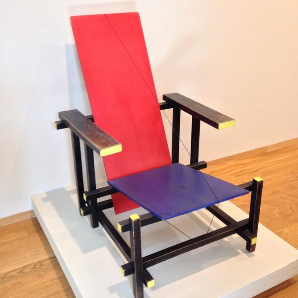 maxim vos on twitter gerrit rietveld rood blauwe stoel
