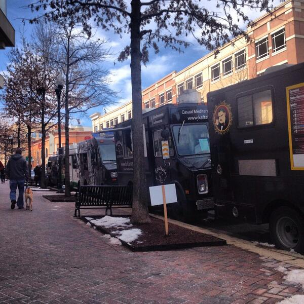 Starting our own curbside party in #clarendon with @PhoWheels @badabingdc @FavaPot and @AstroDoughnuts. http://t.co/1lr1uOSIGi