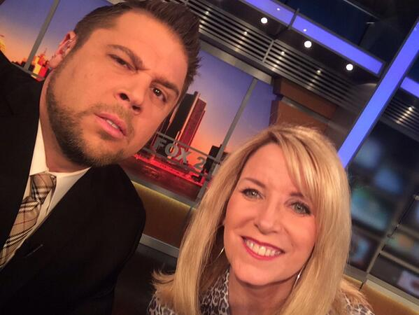 Here is the selfie I took live on @FOX2News with @KamCarmanFOX2  so retweet it! Haha http://t.co/y5THIW5nPY