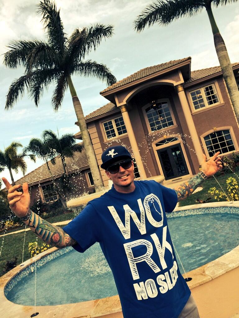 the vanilla ice project The vanilla ice project | season 5 episode 2 | mother nature vs the family room mother nature vs the family room - the roof is leaking as rob battles a tropical rainstorm while creating the ul.