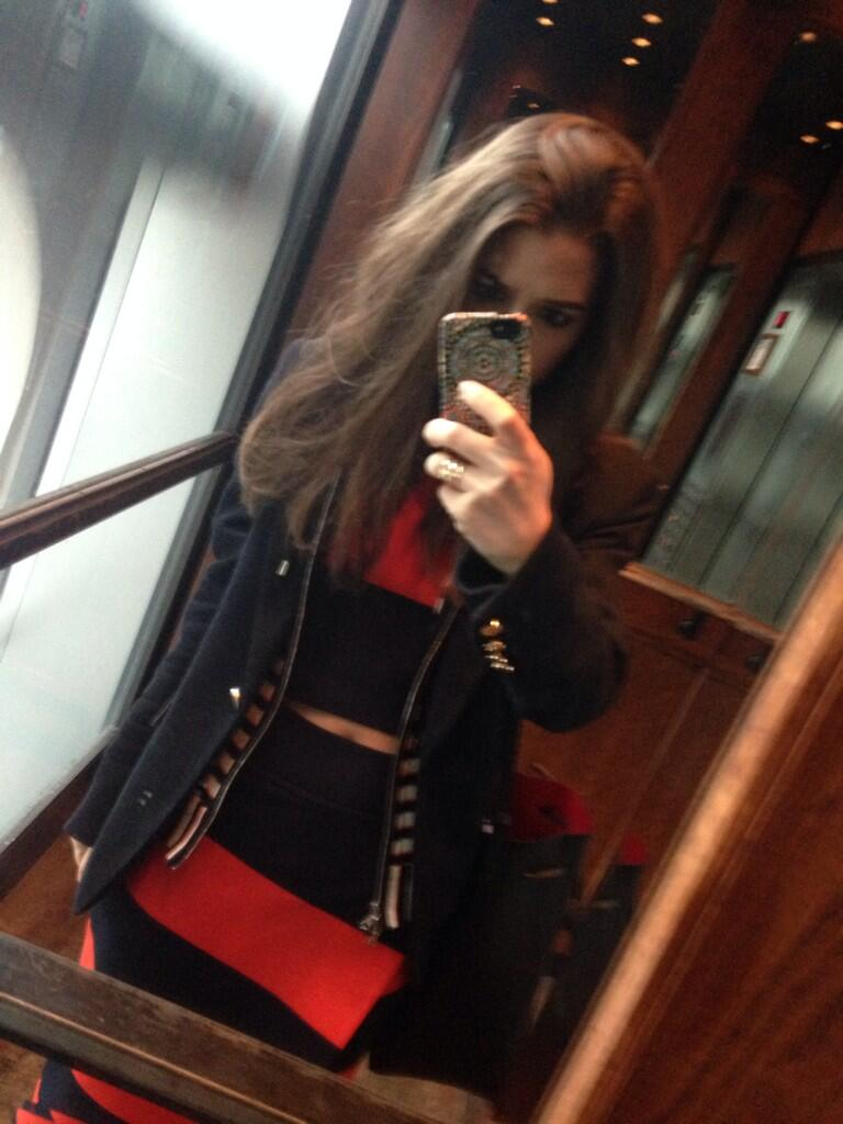 Hotel elevator shot: @ALCLTD crop-top/skirt combo with @VERONICABEARD blazer, @campbelljewels @MANSURGAVRIEL #Sx5F http://t.co/YQ2pw2uwNz