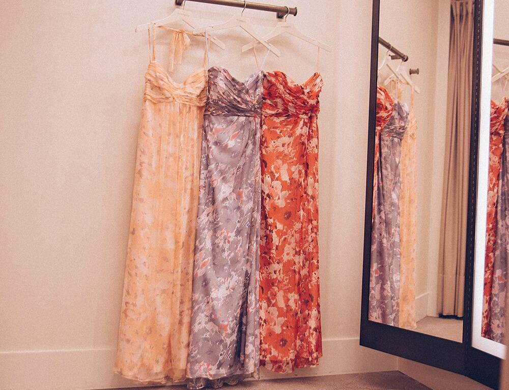 Pretty maids all in a row. #weddings #bridesmaid #dresses http://t.co/URh6PcPQ6s  http://t.co/5UKzoWeIkp
