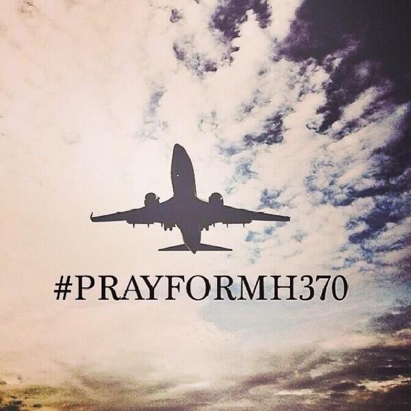 36 ชั่วโมงแล้วที่ค้นหาเครื่อง #MH370 ไม่พบ ตอนนี้แท็ก #PrayForMH370 ติดเทรนด์ไปทั่วโลก ทุกคนช่วยกันลุ้นจริงๆ http://t.co/fMihPlzxsj
