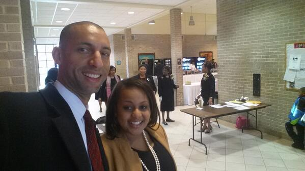 W @RepTerriSewell staffer Cynthia Pullom at check in for Unity Breakfast ..7:49 am http://t.co/oaqA5ggbos