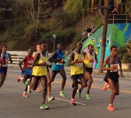 #LAMarathon the elite runners... #echopark #LosAngeles http://t.co/ctAYdt6RX6