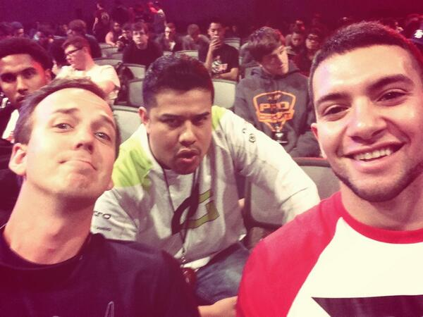Hanging with folks I care for quite a bit. @optich3cz and @FaZeTemperrr http://t.co/XPYDEGS5Js