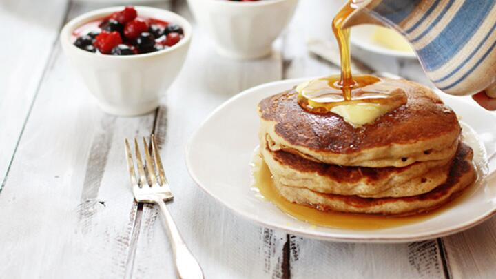 14 insane fruit-flavored pancakes that you should probably eat for dinner: http://t.co/lO6hwyzR8H http://t.co/dT26cG0VsA