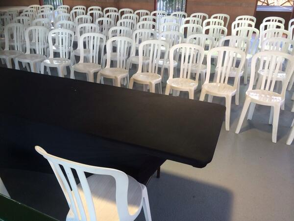 """Here's where Barry Bonds will have his #sfgiants """"media availability"""" tomorrow. Enough chairs? http://t.co/oIDTQqb1E2"""