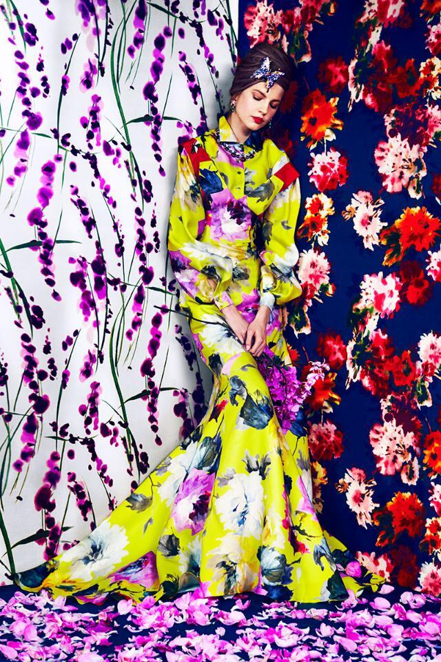 Have a graphic garden party in your closet and layer on the florals for spring: http://t.co/MgfJORXvJj http://t.co/1FJkJXKJDe