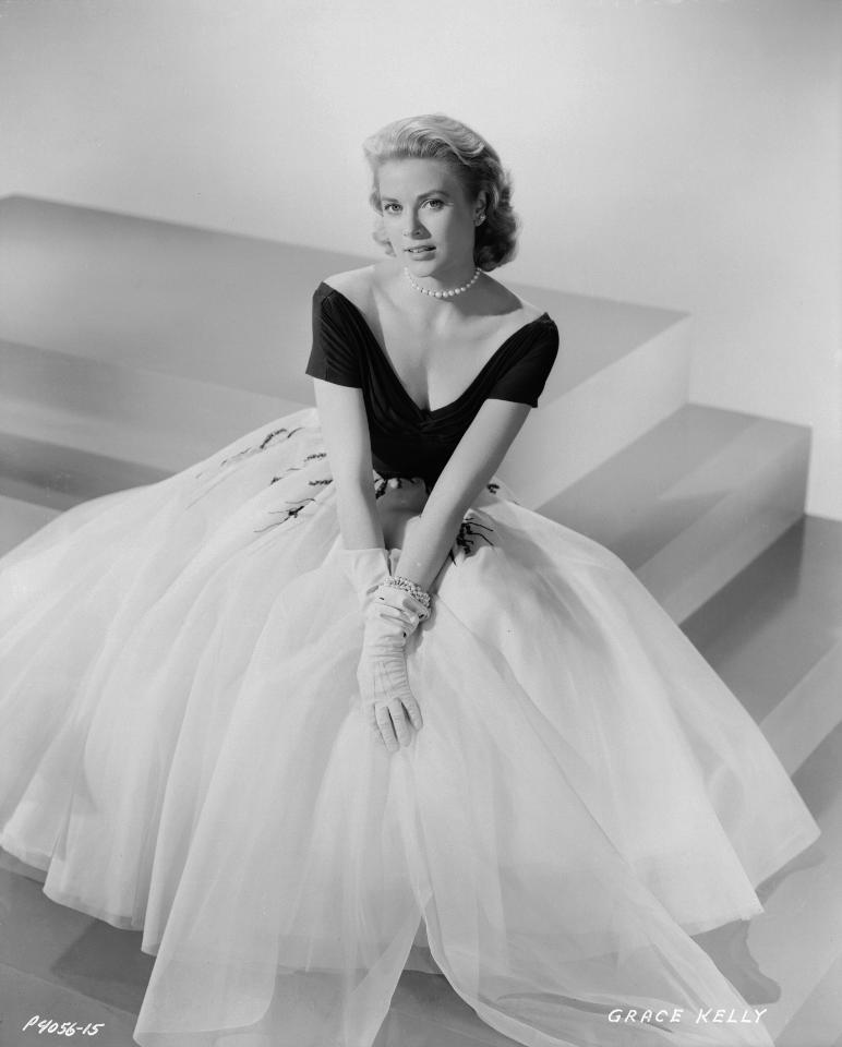 Preview ALL the stunning outfits from the Grace Kelly movie here: http://t.co/qa0YEcZEoJ? http://t.co/WH6WB5Li2i