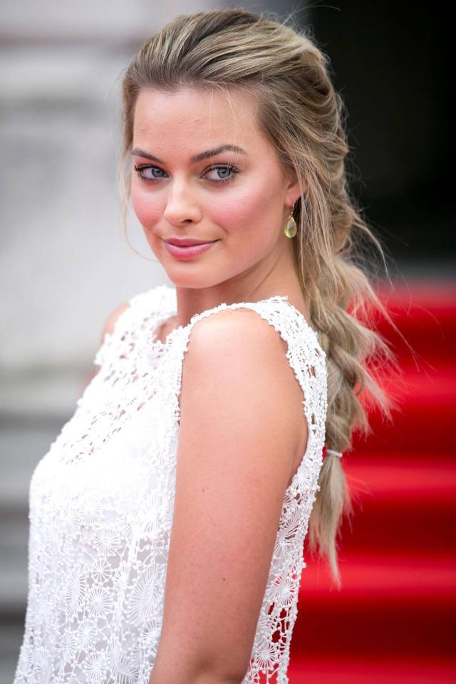 15 gorgeous braids to try right now: http://t.co/7GNfjXu7pI http://t.co/JPPEjVmghV