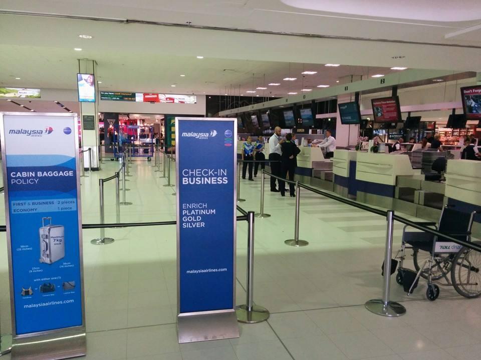 Check-in da Malaysia Airlines sem filas