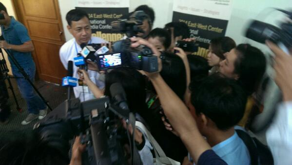 some more questions to myanmar's deputy minister of informtion? YES! #EastWestMedia @KASMediaAsia http://t.co/KB6d2wnaSq