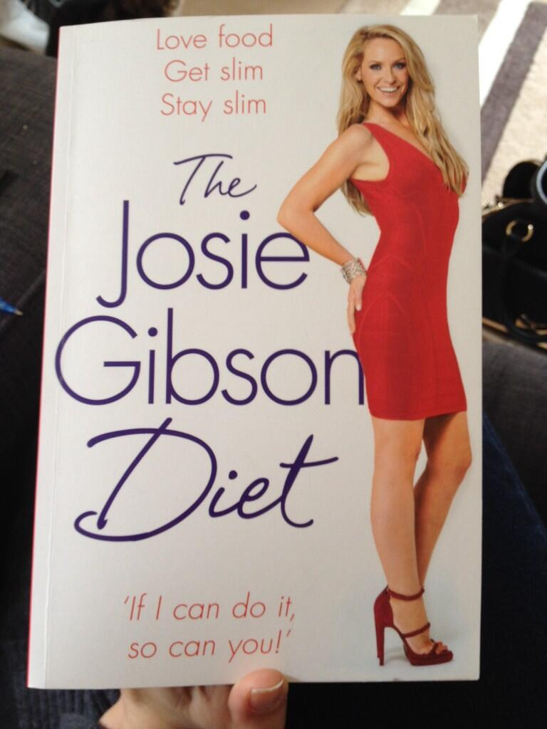 RT @KatieDuncan11: Reading my @Josiestweet book I got as my hen party present 😊 #healthy #wedding #bride http://t.co/6PwYAC7d8I