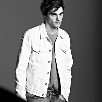 Our Spring ads feature artists who live in their truth. Meet @RjMitte, actor, lives in his character. #LivedIn http://t.co/IUtnBTyDHr