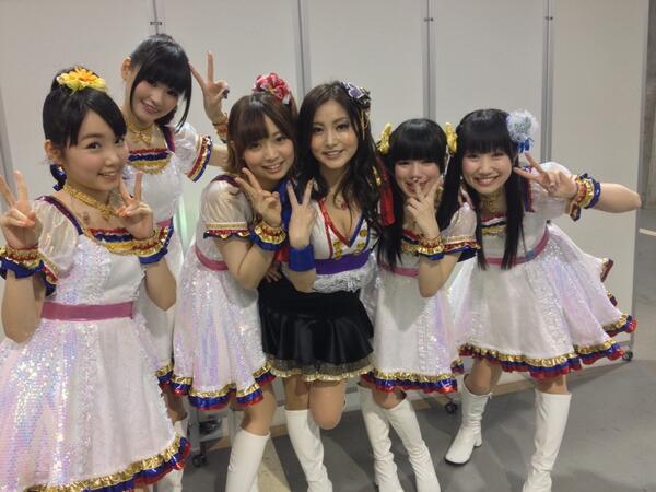 ミリマス子(アイドルマスターミリオンライブ!)ちゃん達とパシャリ❤️終演後、感激している姿が可愛いすぎたワ❤️本当にありがとう❤️❤️