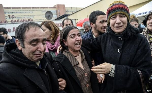 Protests in Turkey after the death of a 15-year-old boy injured in last year's demonstrations http://t.co/pyqyaBH4mG http://t.co/pNOF1ePpCN