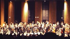 """""""@nurhan_ozenen: istanbul senfoni konserinde, #GurelAykal izleyiciyi #BerkinElvan için saygı duruşuna davet etti. http://t.co/VwZJpacavR"""""""