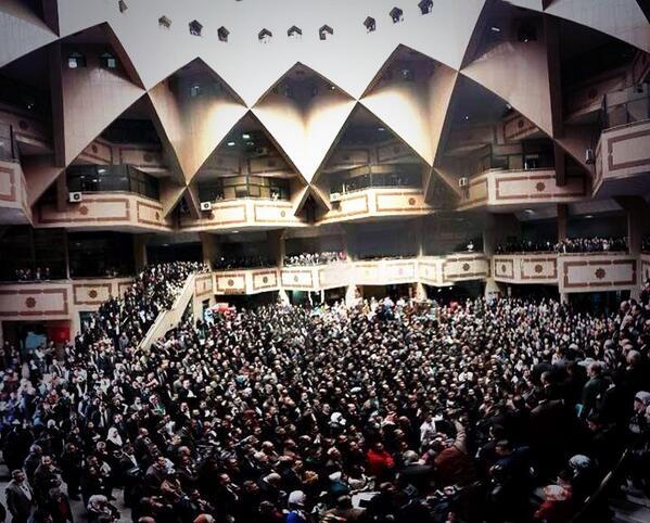 مشهد تاريخي مهيب لقصر العدل  http://t.co/5LGlyiQ1FH #رائد_زعيتر