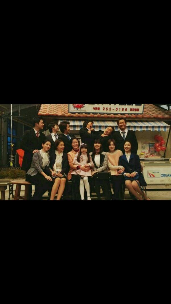 기념사진 찍다가.. 평범한 사진이 싫어서... 종복이와... http://t.co/fPItKUQDJE