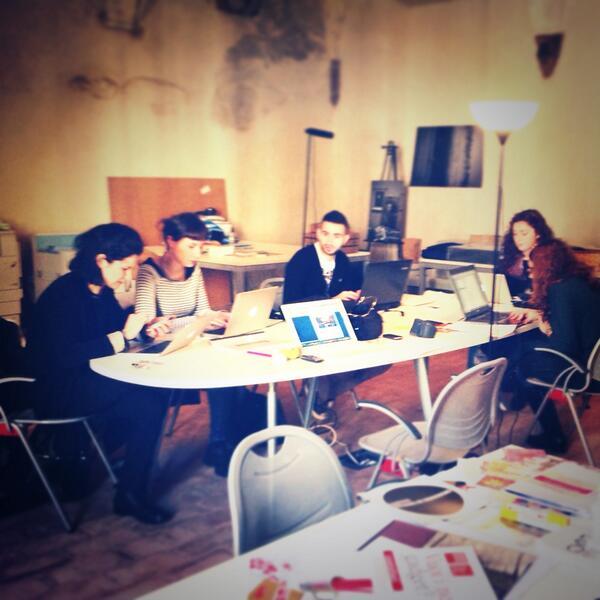 Stiamo lavorando per voi. #puntidellasituazione #workinprogress #luoghicomuniMN @fattiditeatro @EtreResidenze http://t.co/gM20d3PZ2S