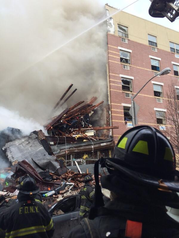 Another Exclusive photo showing windows blown out of building explosion in Harlem. http://t.co/3gKFLv0uli