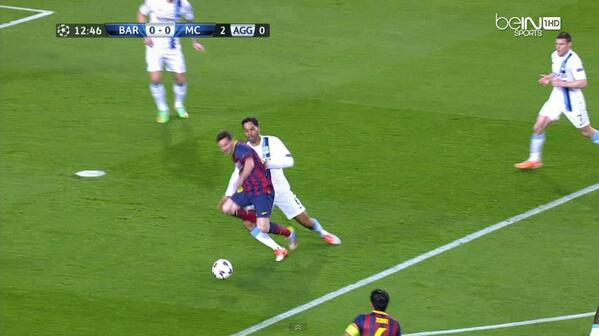 Penalty?! Lionel Messi was tripped by Joleon Lescott in the Man City box [Pictures]