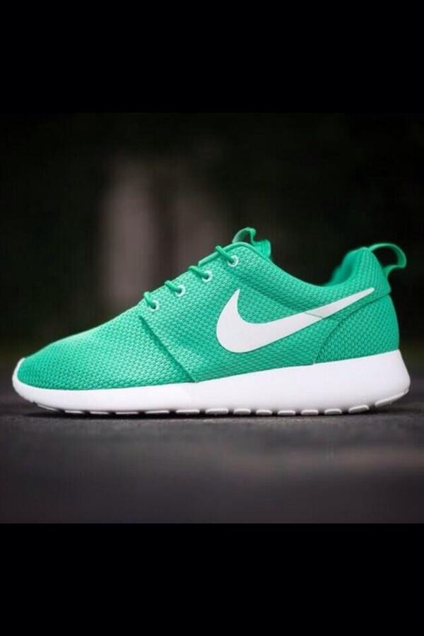 "Post Bad Sneakers on Twitter: ""Nike Roshe Run ?? http://t.co ..."