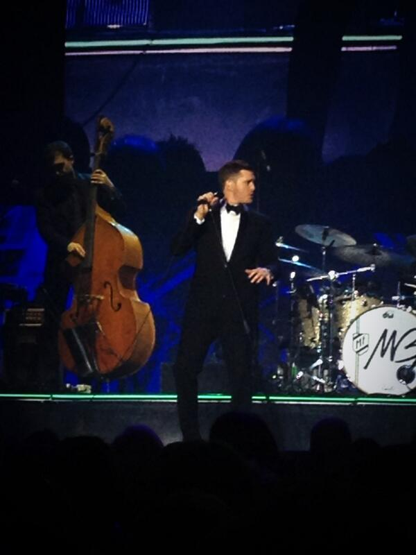 Not sure how many @michaelbuble shows Ive seen now, and I still have fun every night! #MBWorldTour #LikeABoss http://t.co/cac0XXnfA8
