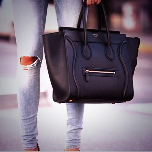 I REALLY need this Céline bag guys! Omg http://t.co/djuzM3x7OH