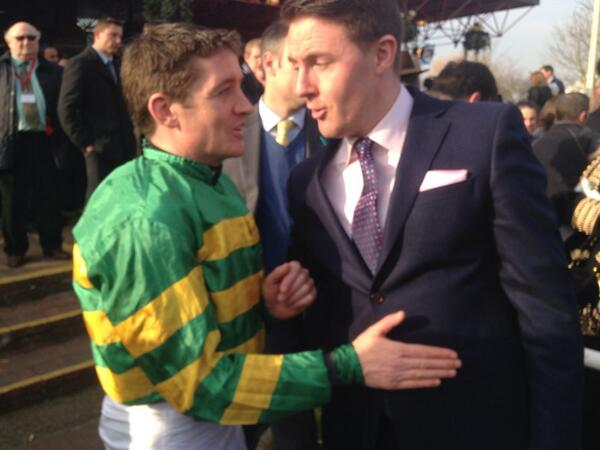 @Channel4Racing what a legend @BarryJGeraghty is made 10J for EIJF 100 e/w double on Jezki 8/1 and More of That 9/1 http://t.co/3FDaYLTYYc