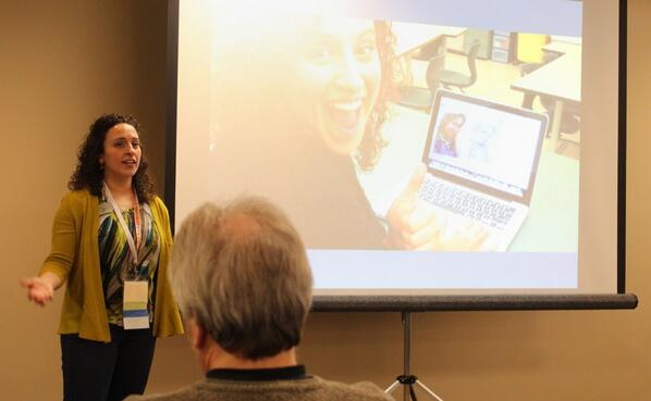 Flipped learning gets a thumbs-up from @campbellartsoup at #macul14 http://t.co/NgmsJRtIij