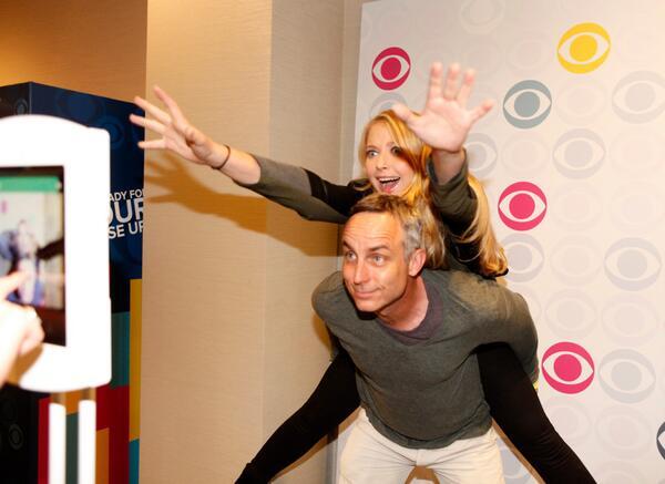 #Congrats Fans! #CSI has been renewed for a 15th season!: http://t.co/fAzH3KEauI http://t.co/fG0rWAK6Ek