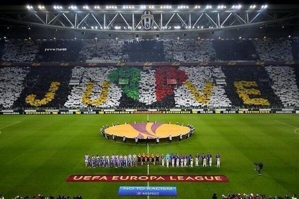 Le topic de la Juventus de Turin, tout sur la vieille dame ! - Page 5 Biov5VWCAAAbMiv