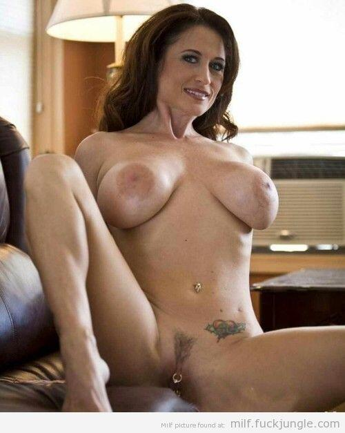 Amateur Mature Boy Creampie