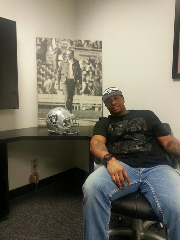 Time to help turn this thing around... @RAIDERS! http://t.co/vRVapPA7pU
