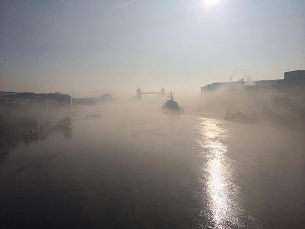 Great view of #towerbridge this morning... #london http://t.co/apV1jeHZne