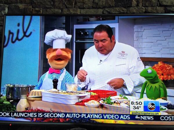 Funniest cooking segment ever on @GMA with @Emeril and the @TheMuppets! http://t.co/qTAZIBWOjT