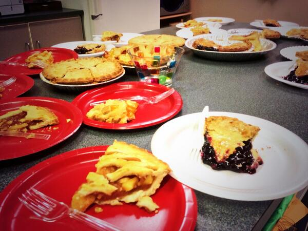 What a glorious day! @WCPSS #PiDay #314 #PieDay http://t.co/nKyi6GnYqG