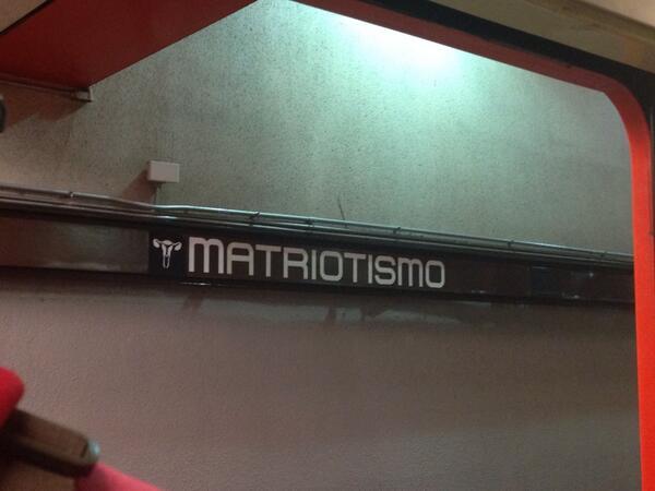 Entre Constituyentes y Chilpancingo, existe la estación Matriotismo del @STCMetroCDMX http://t.co/udyyLU9ytX