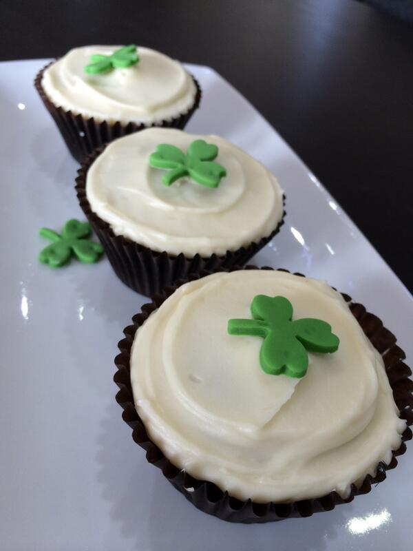 Yet more reasons why we love @CakeClubApp - Home made Guinness, Kahlúa and Baileys cupcakes! http://t.co/BPfPiuM1FI