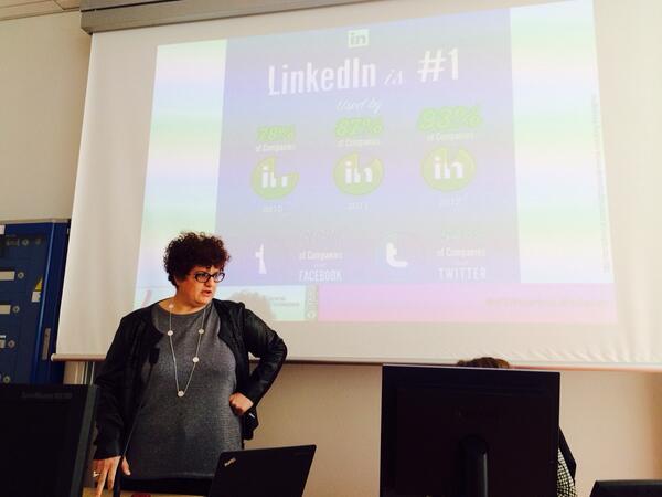 @WISTERWISTER @flavia_marzano @epanto @EPietrafesa #d2dtorino social network per trovare lavor9? http://t.co/mAx5kjlgZ3