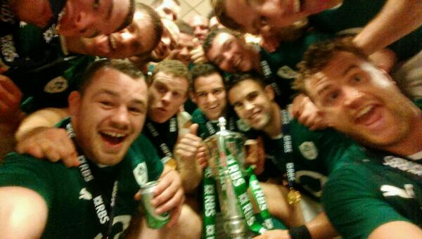 """@ProperChurch: Enough is enough http://t.co/w96cRjftWD"" - here @TheEllenShow - this is a selfie!! #COYBIG"