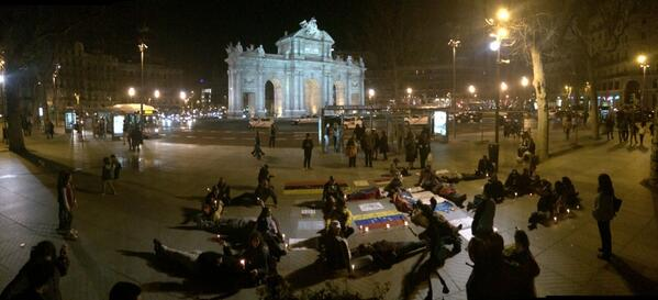 RT @ireneakela: S.O.S Venezuela en Madrid! #SOSVenezuela aquí seguimos! http://t.co/O9E1k3sNdy