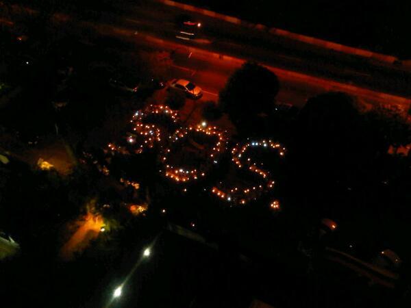 """RT @trafficMIRANDA via @ddematteis: En Chuao los vecinos se unieron a la manifestación de """"SOS Venezuela"""" #Caracas http://t.co/bkleXrdPJC"""