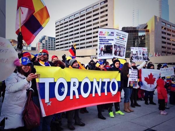 RT @GAbAguzzi: Los venezolanos también protestaron en Toronto este sábado (foto de @rsarfatti) #Venezuela http://t.co/DBqQ2zca5l