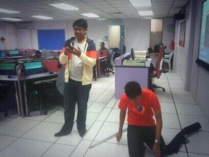 Selamat Pagi Johor! We just arrive in digital lab @utm_my for #firefoxbm Test Day 2014! #pelayarweblokal http://t.co/prK2QLtr4o