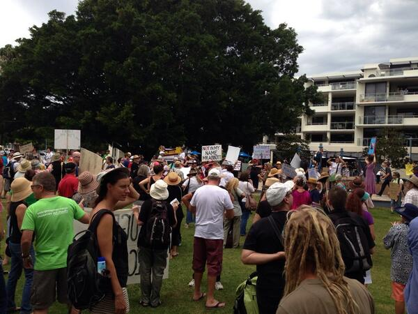 @MarchinMarchAus #MarchInMarch in #portmacquarie saw >500 people http://t.co/ar1Vl8IZkW