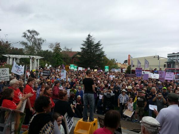 Absolutely chockablock full here at #MarchInMarch Blue Mountains http://t.co/bmnaytKq1L