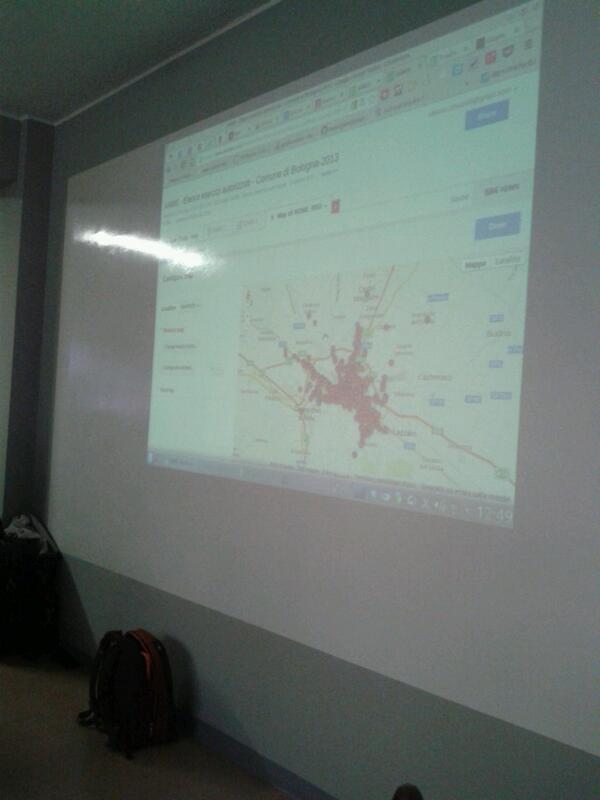 """""""@vincenzoerrante: #SOD14 qui si fanno vedere le mappe g**gle!Allarmi!@napo http://t.co/rPBPAcYdgb"""" @simonecortesi annoso problema geocoding"""